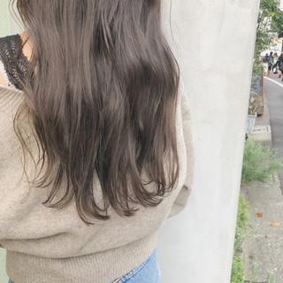 大人かわいい ウェーブ オフィス ガーリー ヘアスタイルや髪型の写真・画像