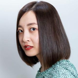 ストレート 髪質改善トリートメント 髪質改善 エレガント ヘアスタイルや髪型の写真・画像