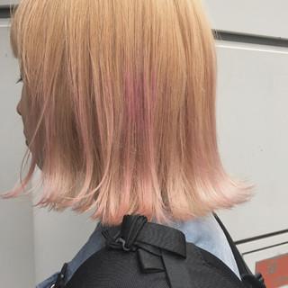 外ハネ ストリート 金髪 外国人風カラー ヘアスタイルや髪型の写真・画像