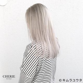 セミロング ハイトーン 外国人風 ブリーチ ヘアスタイルや髪型の写真・画像