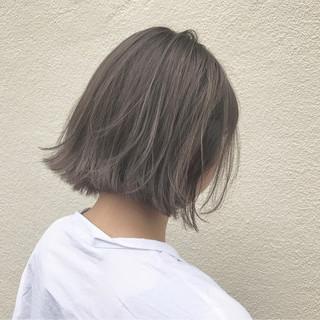 ハイライト 透明感 グレージュ ナチュラル ヘアスタイルや髪型の写真・画像