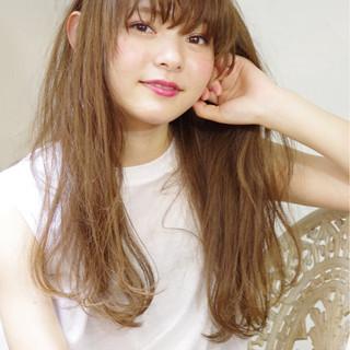 大人かわいい 外国人風 フェミニン ロング ヘアスタイルや髪型の写真・画像