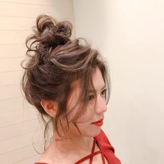 セミロング ヘアアレンジ 簡単ヘアアレンジ ふわふわヘアアレンジ ヘアスタイルや髪型の写真・画像