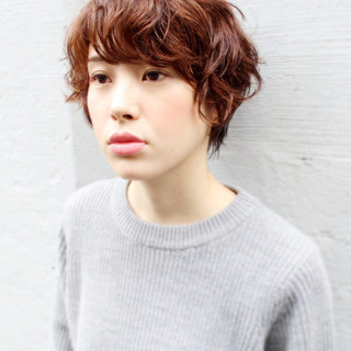外国人風 ナチュラル 大人かわいい ストリート ヘアスタイルや髪型の写真・画像