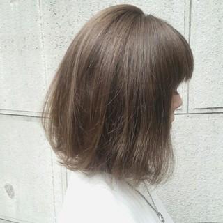 外国人風 透明感 ロブ イルミナカラー ヘアスタイルや髪型の写真・画像