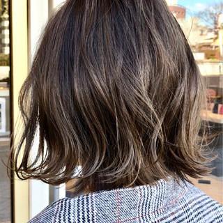 外ハネ ハイライト 簡単ヘアアレンジ ナチュラル ヘアスタイルや髪型の写真・画像