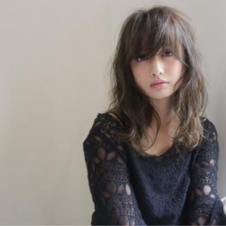 こなれ感 セミロング ニュアンス コンサバ ヘアスタイルや髪型の写真・画像