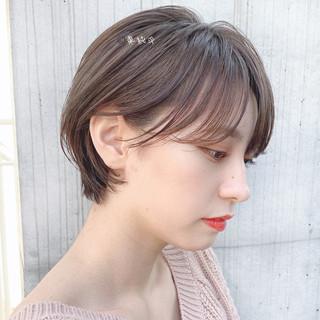 ショートヘア インナーカラー ナチュラル ベリーショート ヘアスタイルや髪型の写真・画像