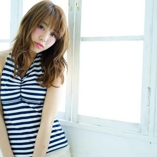 フェミニン 小顔 夏 かわいい ヘアスタイルや髪型の写真・画像