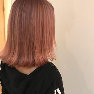 グラデーションカラー モード ピンク ミディアム ヘアスタイルや髪型の写真・画像