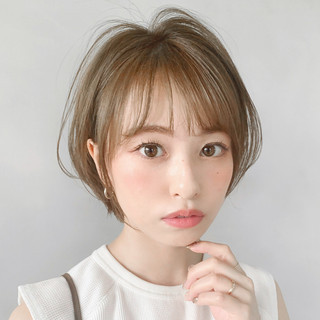 ショート フェミニン ショートボブ 大人かわいい ヘアスタイルや髪型の写真・画像