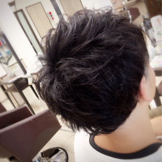 暗髪 外国人風 メンズ 黒髪 ヘアスタイルや髪型の写真・画像