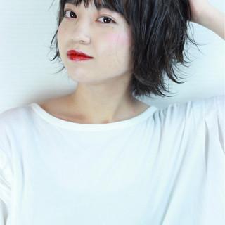 外国人風カラー 色気 グレージュ ショート ヘアスタイルや髪型の写真・画像