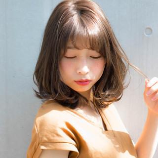 デート ミディアム 涼しげ フェミニン ヘアスタイルや髪型の写真・画像