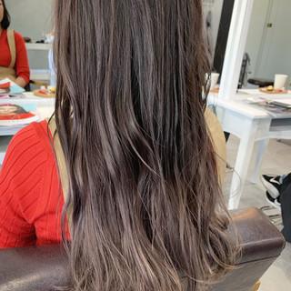 ベージュ セミロング ブラウンベージュ 透明感カラー ヘアスタイルや髪型の写真・画像