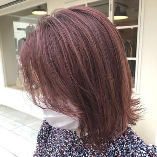 ミディアム ショートボブ ピンクアッシュ ピンクブラウン ヘアスタイルや髪型の写真・画像