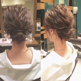 波ウェーブ ヘアアレンジ シニヨン ナチュラル ヘアスタイルや髪型の写真・画像