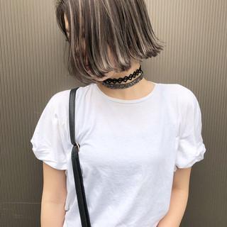 アッシュ ロブ グレージュ ハイライト ヘアスタイルや髪型の写真・画像