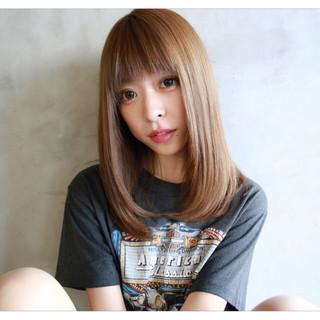 透明感 前髪あり セミロング ストレート ヘアスタイルや髪型の写真・画像