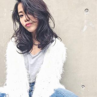 大人女子 外国人風 パーマ ストリート ヘアスタイルや髪型の写真・画像