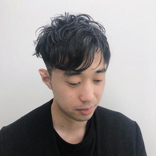パーマ ナチュラル メンズカット メンズスタイル ヘアスタイルや髪型の写真・画像