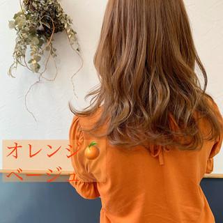 オレンジベージュ ガーリー 裾カラーオレンジ セミロング ヘアスタイルや髪型の写真・画像