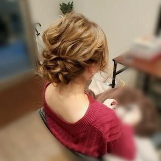 ヘアアレンジ 結婚式 ミディアム フェミニン ヘアスタイルや髪型の写真・画像