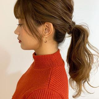ナチュラル ヘアアレンジ 簡単ヘアアレンジ ローポニーテール ヘアスタイルや髪型の写真・画像