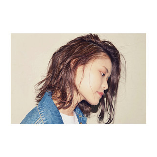 ゆるふわ レイヤーカット アンニュイ 外国人風 ヘアスタイルや髪型の写真・画像