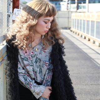 セミロング 大人女子 アッシュ モード ヘアスタイルや髪型の写真・画像