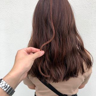 ロング オレンジ 大人ハイライト ナチュラル ヘアスタイルや髪型の写真・画像