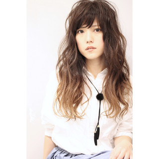 ゆるふわ 大人かわいい パーマ ロング ヘアスタイルや髪型の写真・画像