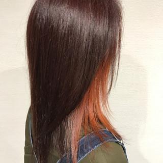 オレンジ 雨の日 ナチュラル ロング ヘアスタイルや髪型の写真・画像