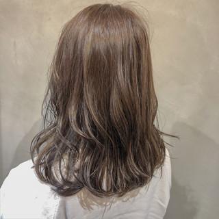 ナチュラル ヘアアレンジ セミロング イルミナカラー ヘアスタイルや髪型の写真・画像