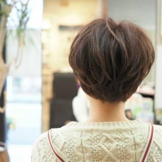 ガーリー ショート ショートボブ ナチュラル ヘアスタイルや髪型の写真・画像