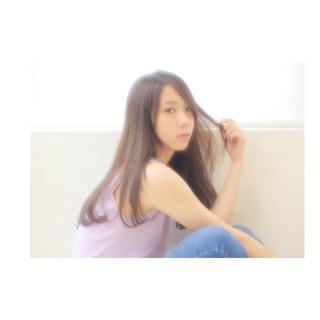 暗髪 フェミニン ロング 前髪あり ヘアスタイルや髪型の写真・画像
