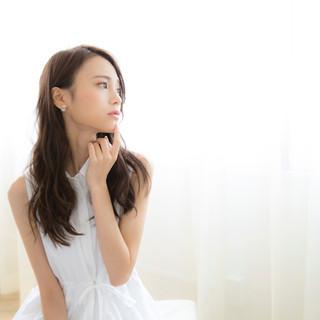 アッシュグレージュ 暗髪 簡単ヘアアレンジ ショート ヘアスタイルや髪型の写真・画像