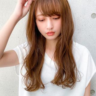 小顔 ロング デジタルパーマ レイヤーカット ヘアスタイルや髪型の写真・画像