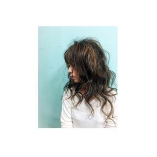 外国人風 セミロング ハイライト グラデーションカラー ヘアスタイルや髪型の写真・画像