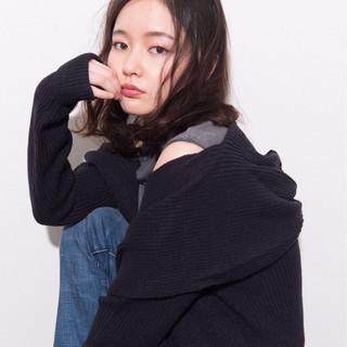 黒髪 色気 外国人風 ミディアム ヘアスタイルや髪型の写真・画像