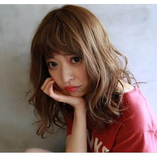 前髪あり 外国人風 アッシュ セミロング ヘアスタイルや髪型の写真・画像