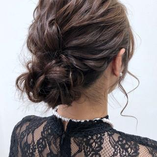 シニヨン ミディアム 結婚式 ヘアアレンジ ヘアスタイルや髪型の写真・画像