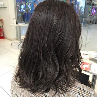 ミディアム ハイライト 3Dハイライト ナチュラル ヘアスタイルや髪型の写真・画像