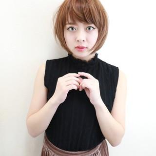 ショート ナチュラル モテ髪 小顔 ヘアスタイルや髪型の写真・画像