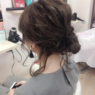ミディアム ショート ヘアアレンジ 波ウェーブ ヘアスタイルや髪型の写真・画像