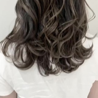 セミロング ナチュラル 外国人風カラー バレイヤージュ ヘアスタイルや髪型の写真・画像
