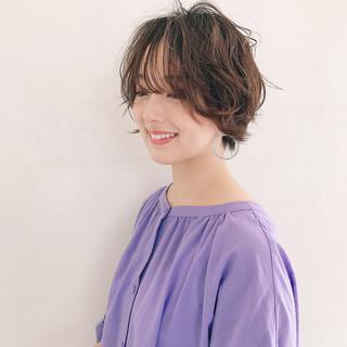 ショートボブ パーマ ハイライト 外国人風カラー ヘアスタイルや髪型の写真・画像