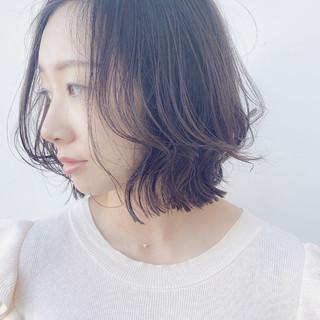 ミディアムレイヤー レイヤーカット レイヤーボブ ナチュラル ヘアスタイルや髪型の写真・画像