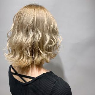 透明感カラー ストリート 春色 ブロンドカラー ヘアスタイルや髪型の写真・画像