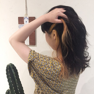 セミロング ナチュラル イエロー ヘアアレンジ ヘアスタイルや髪型の写真・画像